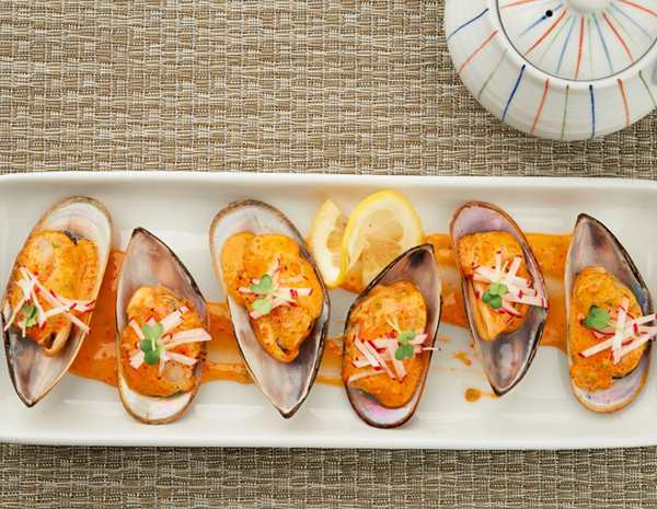 Recipe Baked Mussels with Sriracha Mayo S